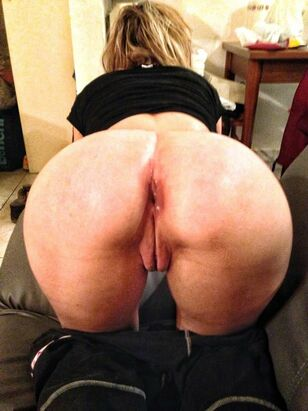 chubby blonde big ass